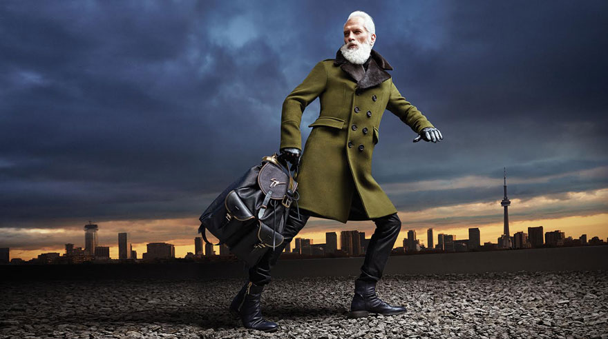 fashion-santa-paul-mason-yorkdale-mall-24